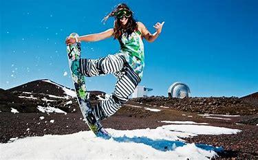 maunakea snowboarder2