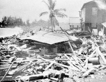 Tsunami-in-Hilo