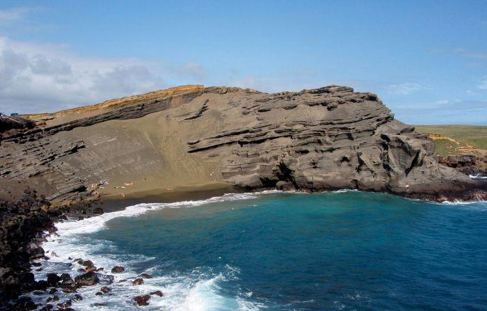 Papakōlea Beach green sands